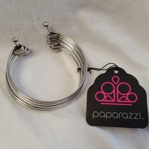 Paparazzi Bangle with multiple bracelets